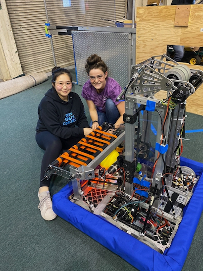 Space Cookies robotic team is actively recruiting Freshman girls