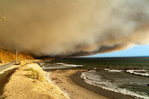 Santa Cruz County fires impact a number of people with Menlo Park roots