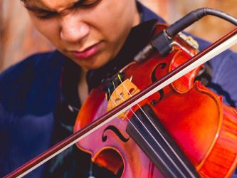 Live music with modern violinist Nate Guinto on October 26