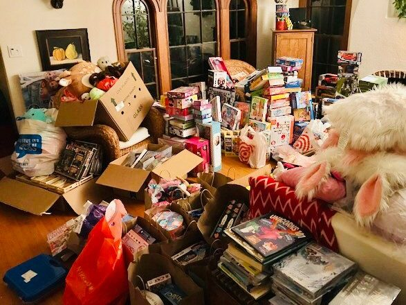 Toy drive for for kids in Ravenswood school district kicks off