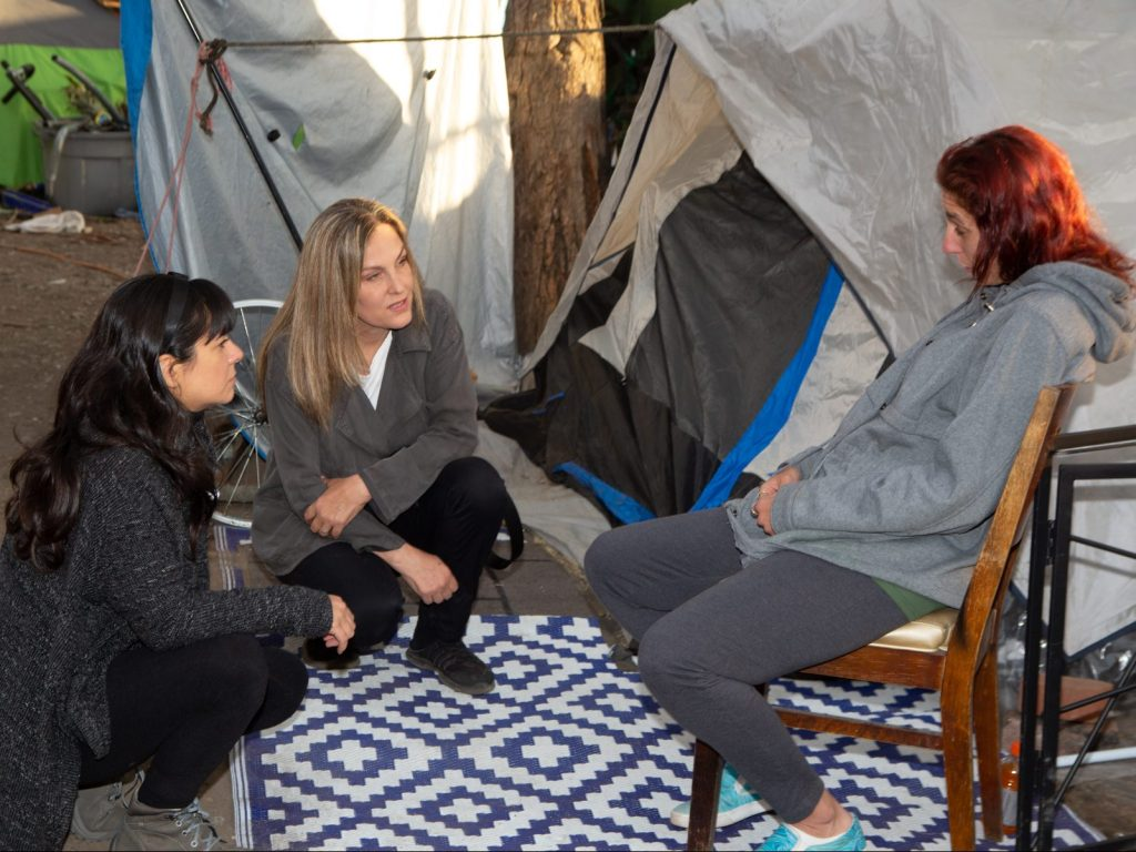 Menlo Park filmmaker focuses on the plight of pregnant homeless woman