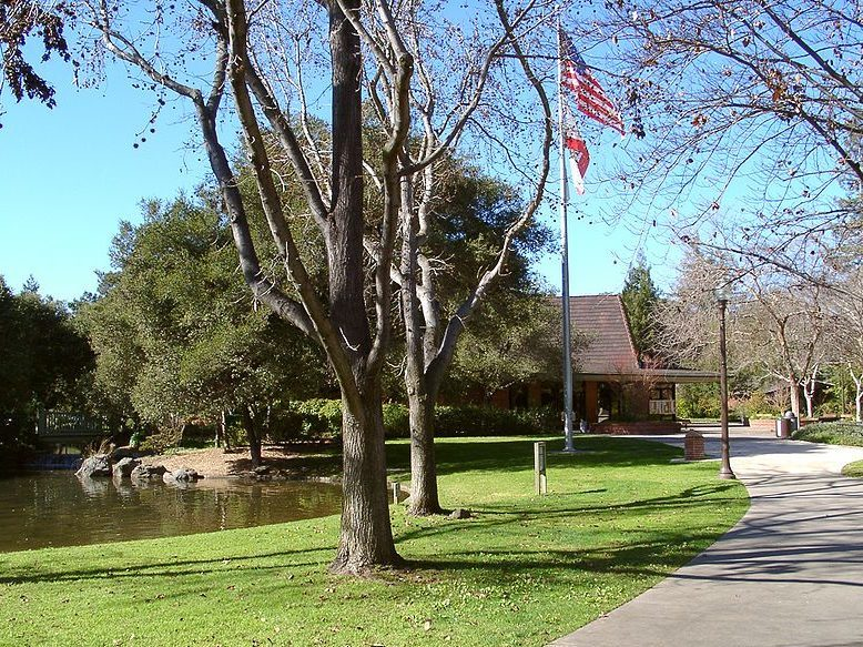 City of Menlo Park is recruiting volunteers for Commission vacancies