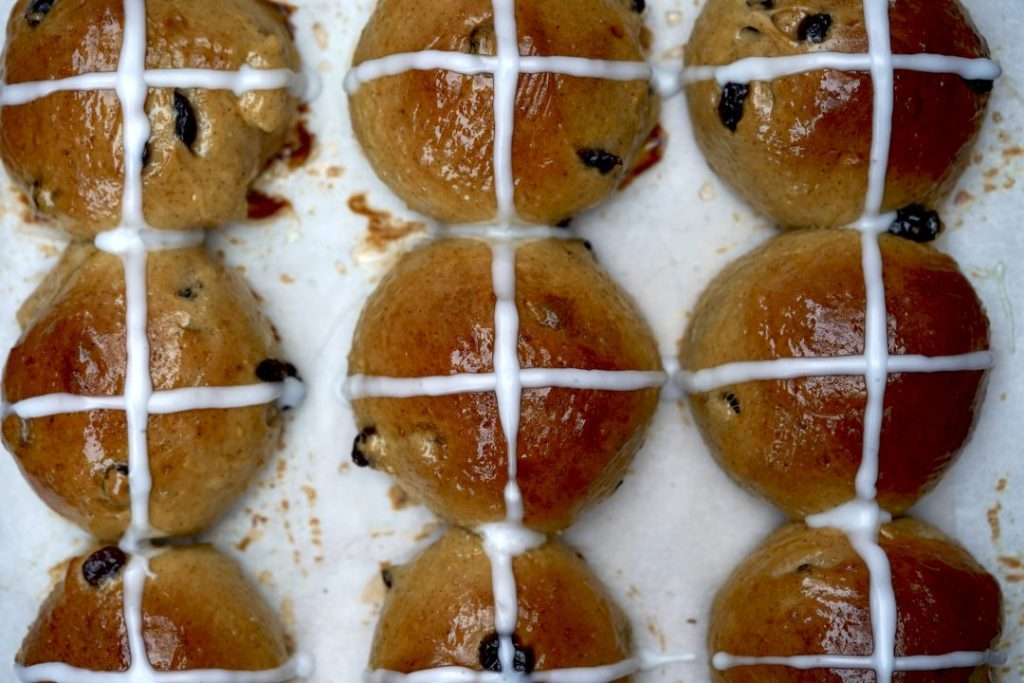 Legend of Hot Cross Buns – and a tasty new recipe in time for Good Friday/Easter