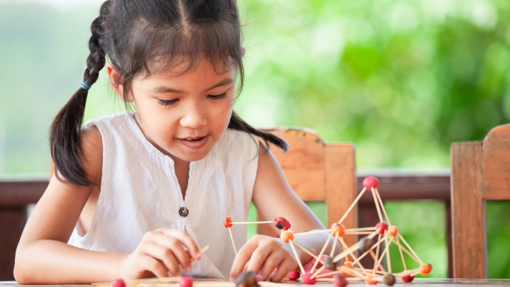 Marshmallow Towers is STEAM class set for April 22