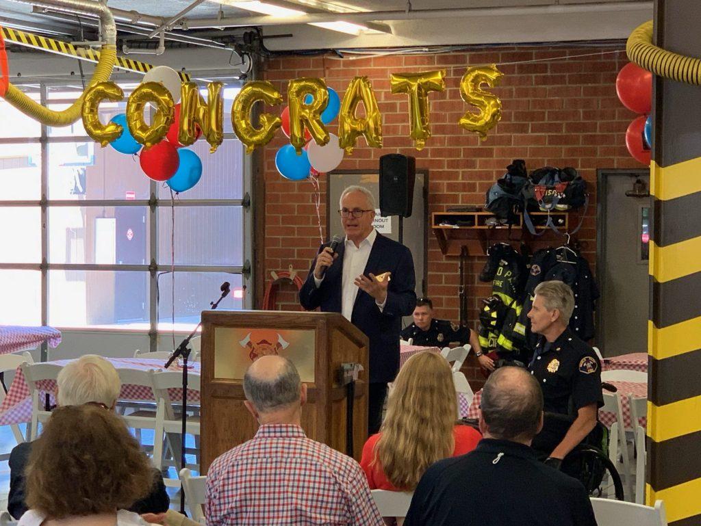 Menlo Fire Chief Harold Schapelhouman lauded for 40 years of public service