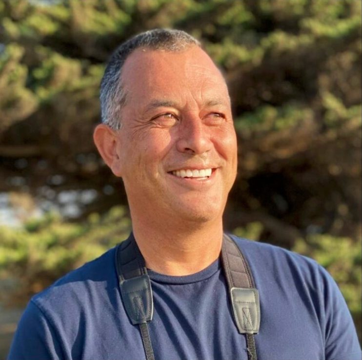 Bird watching with Alvaro Jaramillo is Woodside First Friday event on July 2