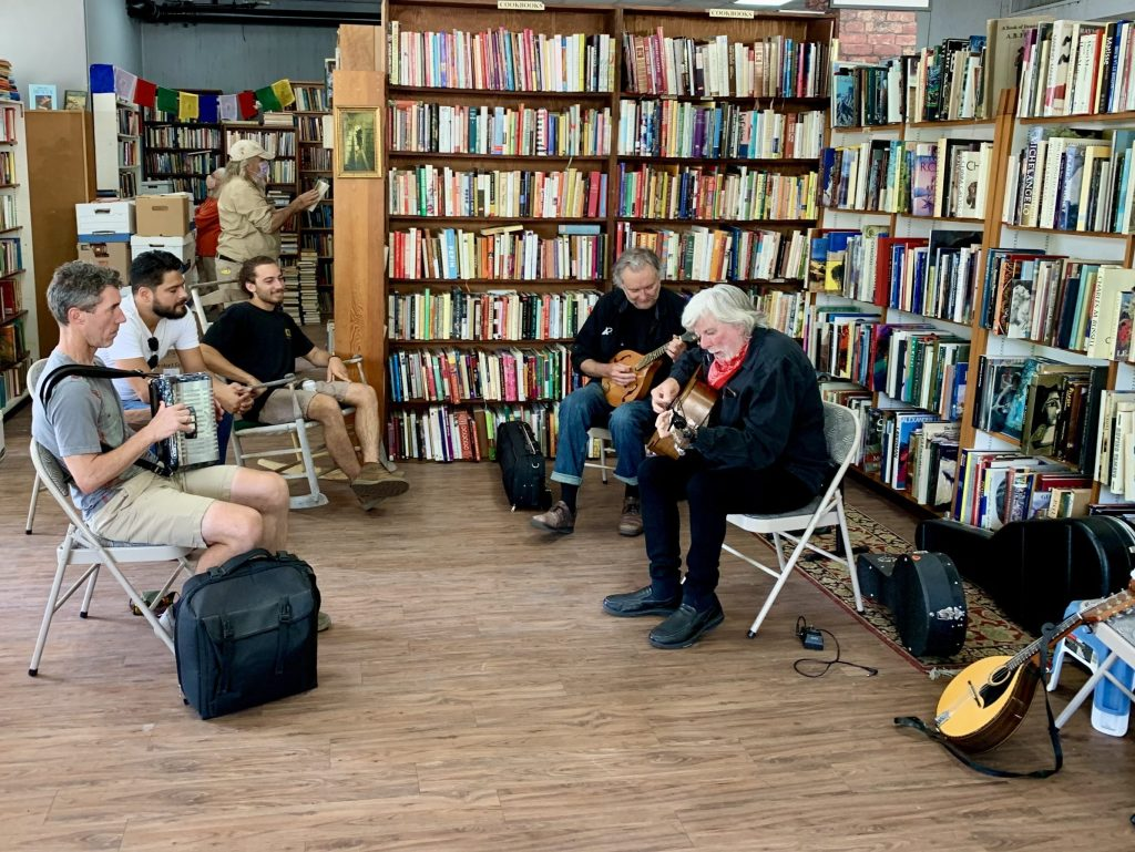 Irish tunes fill the air at Feldman's Books grand re-opening