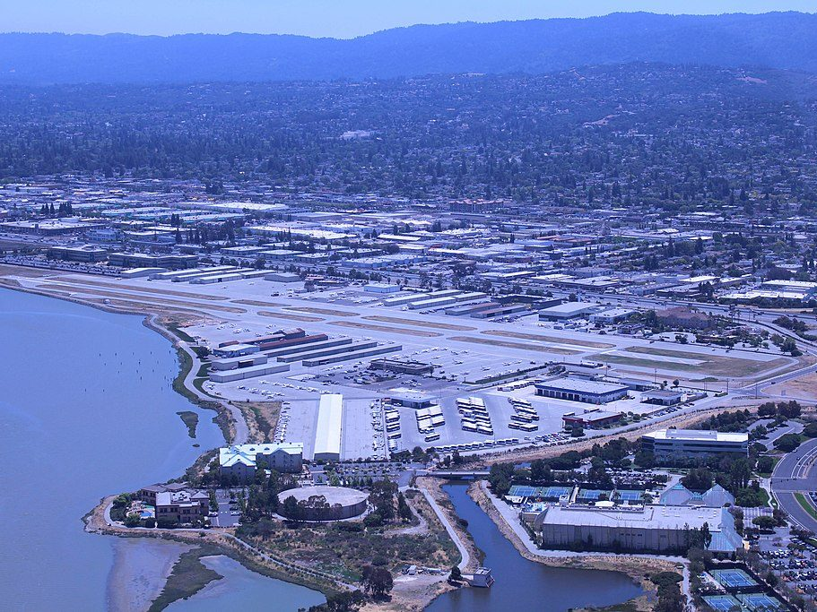 How to report aircraft noise related to San Carlos Airport or SFO